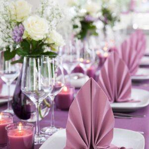 Serviete, dekoracija hrane in mize